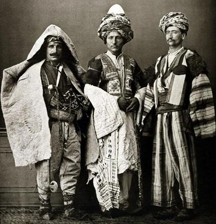"""Serba Serbi Mengenai Negara """"Dunia Ketiga"""" dan Kaum """"Dunia Keempat""""."""