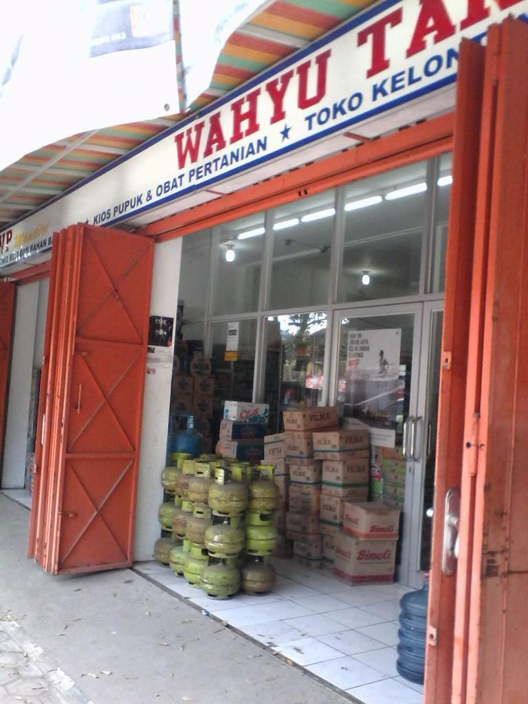 [WTS] Minimarket komplit lokasi Krisak, Wonogiri