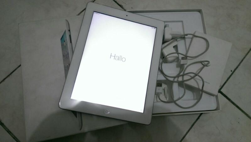 JUAL ipad 2 3G 16gb Lock Icloud No Stoolen message, halal masuk dulu Surabaya