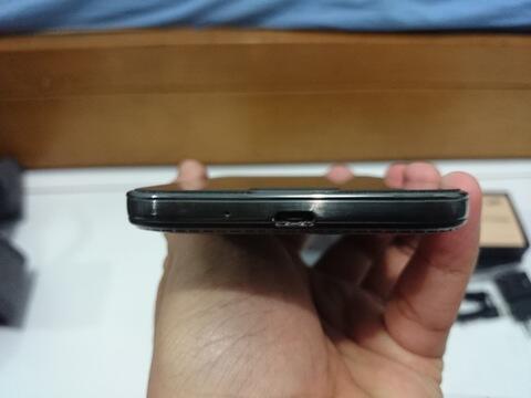 [2nd] Samsung Galaxy S4 - Black Edition - SEIN