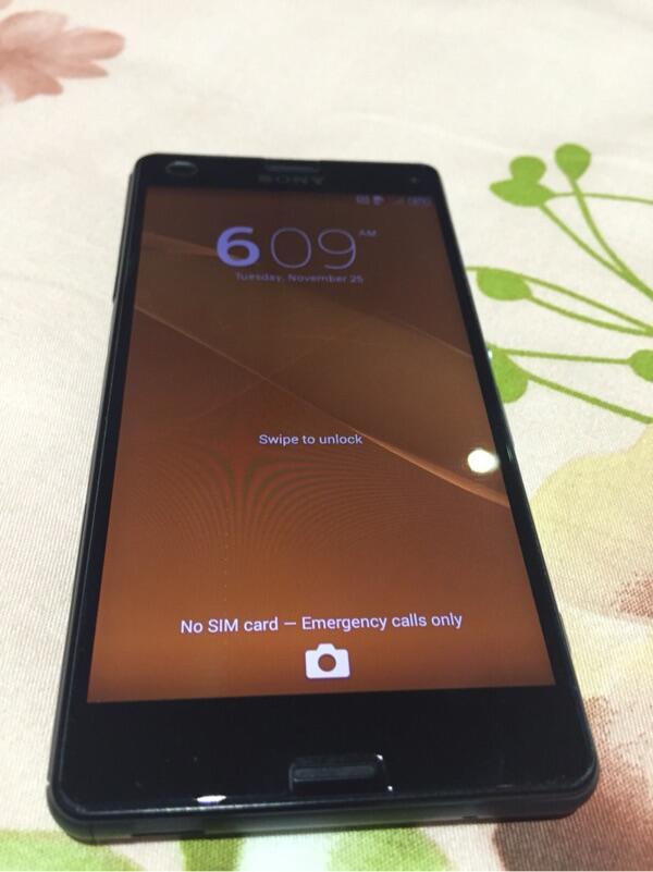 Sony Xperia Z3 compact black grsi resmi
