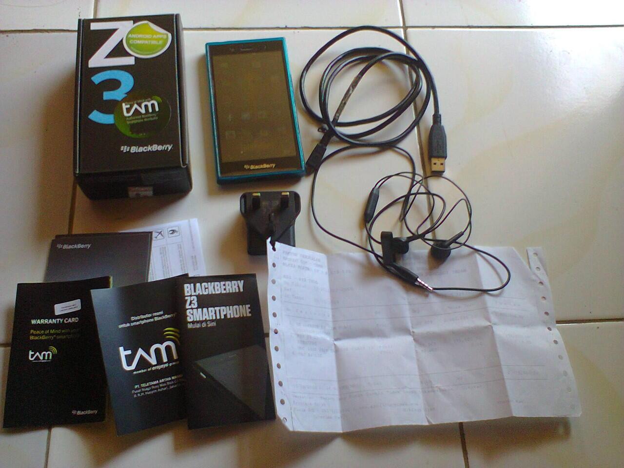 Blackberry Z3 Garansi TAM masih panjang, Surabaya-Kediri. BU