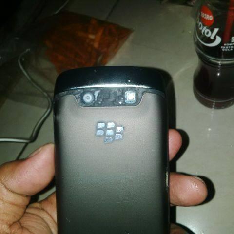 Blackberry 9860 Monza msh garansi 1 bln CTN