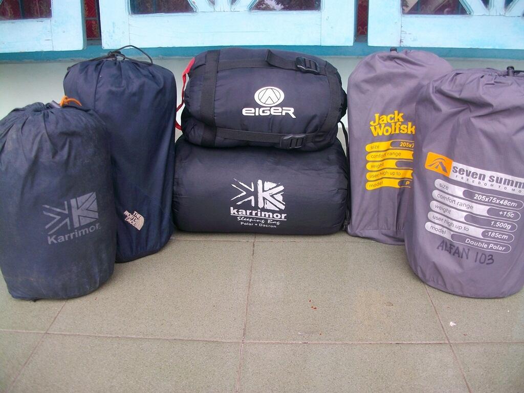 SEWA/ RENTAL ALAT OUTDOOR [Tenda Dome,Carrier,SB,Sepatu,Kompor,Nesting,Head Lamp,dll]