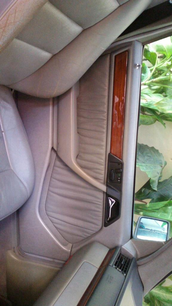 For Sale Mercedes Benz E320 Tahun 1994