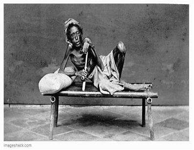 Potret Para Pecandu Opium di Indonesia Pada Abad 19