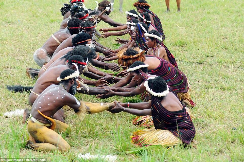 Thanksgiving Ala Suku di Papua