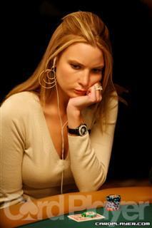 Erica Schoenberg : Pemain poker yang cantik bingit