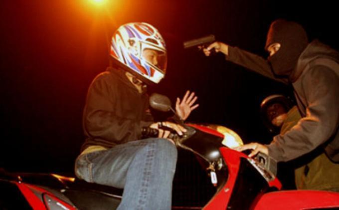 Manfaat Punya Sepeda Motor di Jakarta
