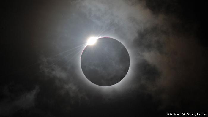 Nih Gan Fakta dan Mitos Seputar Gerhana Matahari