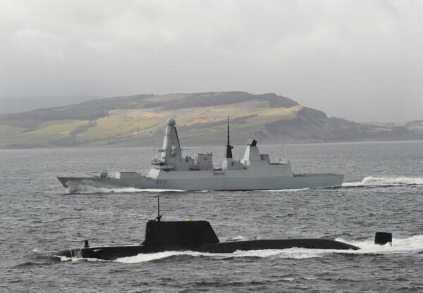 Kapal selam militer tidak seindah yang dibayangkan!