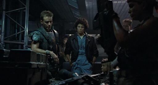 Tokoh utama adalah tokoh paling kejam di film. Ini buktinya..!!