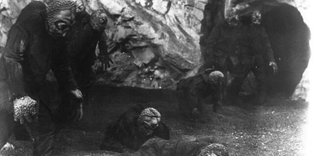 Mole People (Bag. I): Makhluk Menyeramkan Dari Bawah Permukaan Bumi