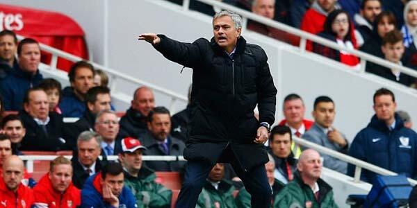 fans mourinho masuk.