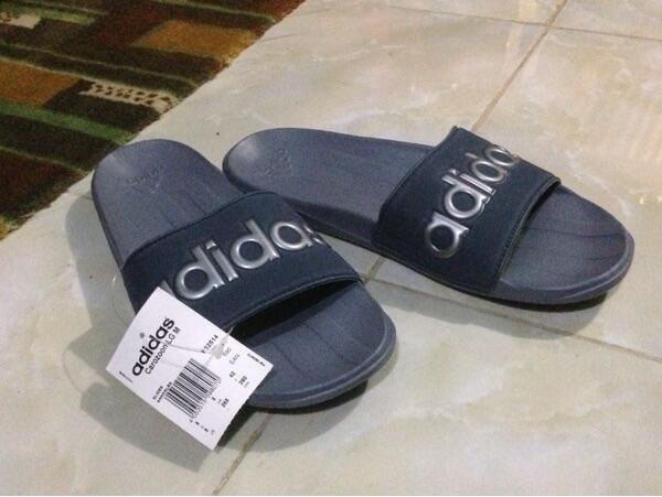 443bd9e8a6c3 Terjual sandal adidas original duramo thong   carozon harga murah ...