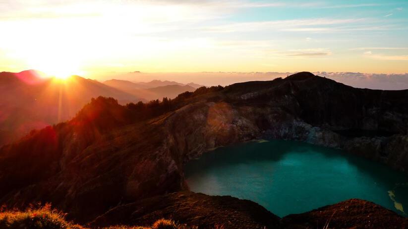11 Gunung di Indonesia Dengan Pemandangan Sunrise Terindah  KASKUS