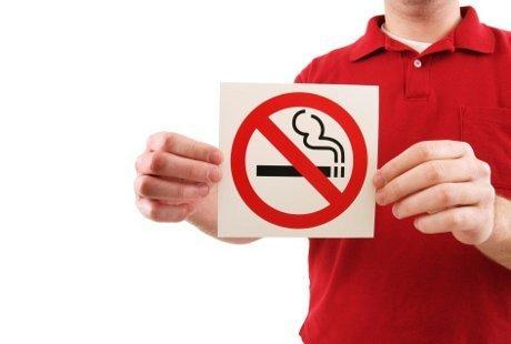 Merokoklah pada tempatnya,Hargai kami yang tidak merokok