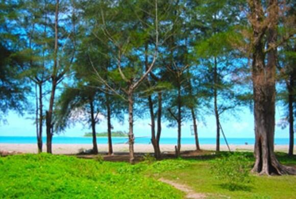 Wisata Pantai Elok Nan Indah, Agan Mau Liburan ? Ayo Ke Pariaman Gan :)