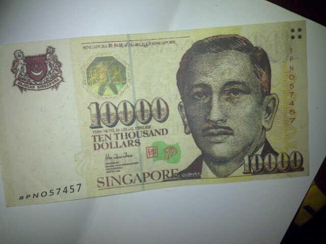 (ASK ) Dollar Singapura pecahan 10000