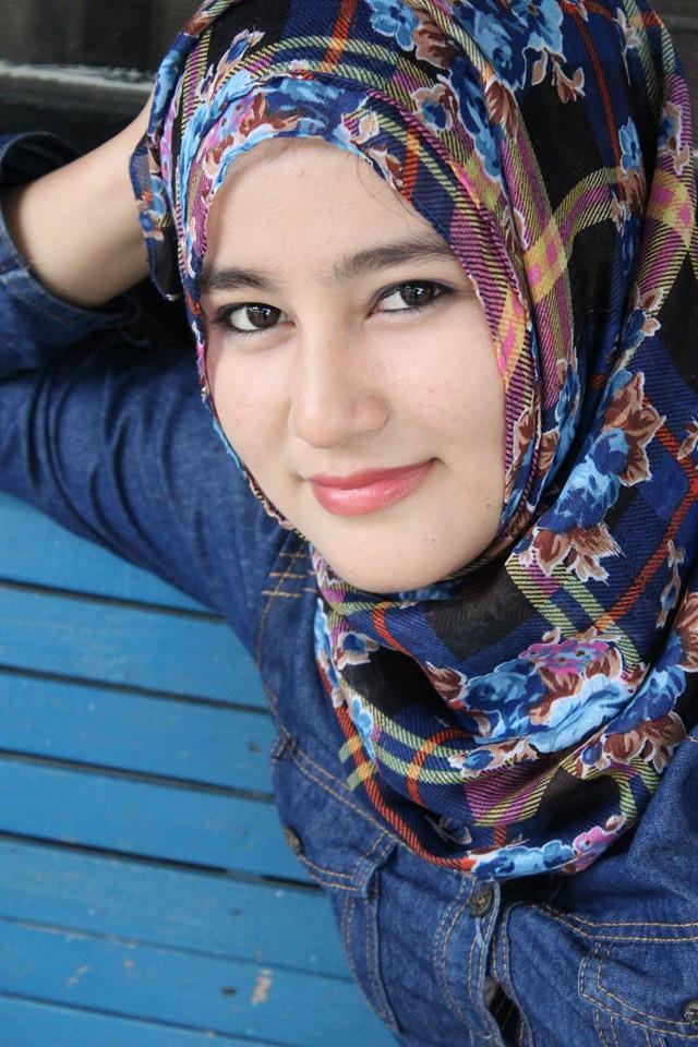 Hasil gambar untuk Cewek Aceh