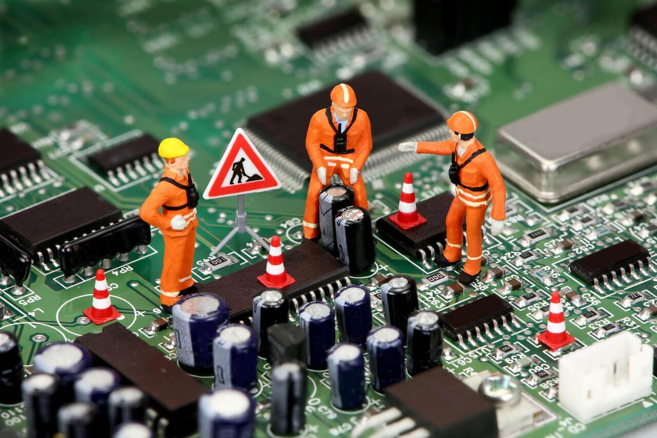 Mengaplikasikan Software Service untuk Usaha Jasa Service