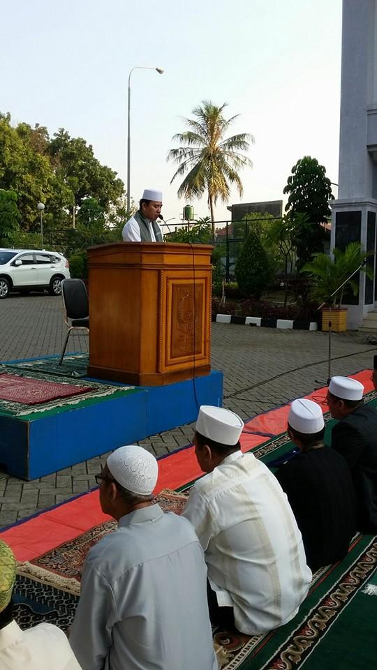 Pegawai Dinsos DKI Rayakan Idul Adha Bersama di Panti