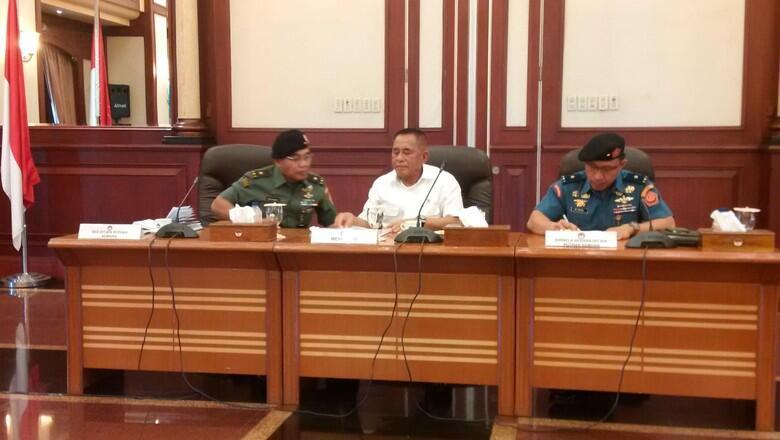 TNI AKTIFKAN BELA NEGARA.SEMUA WNI DI BAWAH 50 TAHUN WAJIB IKUT!!!