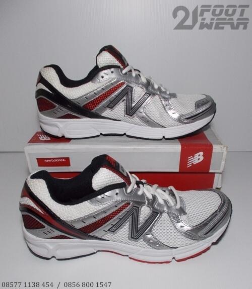 Sepatu Reebok Ls 100 Original terjual sepatu running new balance reebok  original 100 dda487c4cf