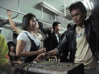 Sensasi Naik KRL Jadebotabek Yang Kini Gak Bisa Di Rasakan Lagi,,, ™