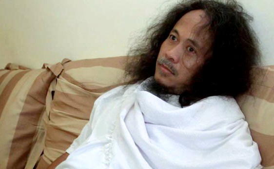 """(Insyaf Boss) Ki Joko Bakar Semua Koleksi & Bekas Tempat """"Semedi"""" Untuk Masjid"""
