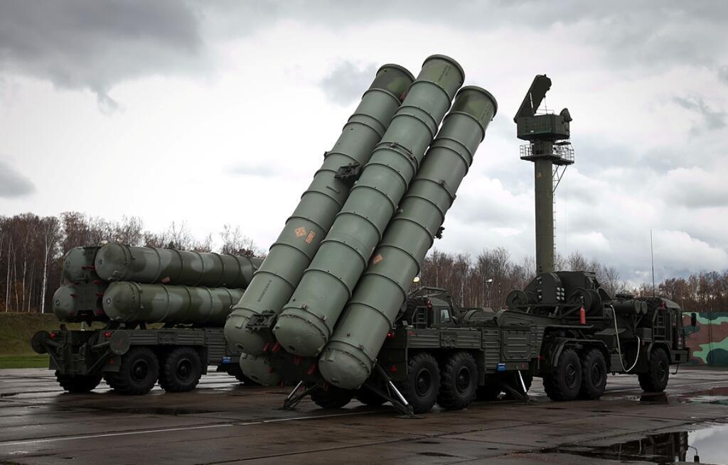 S-300 dan s-400 dalam perjalanan ke syria sebagai respon atas insiden SU-24