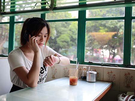 7 Kelakuakan Cowok Yang Paling Dibenci Sama Cewek, Lo Gedeg Juga Kan, Sis?