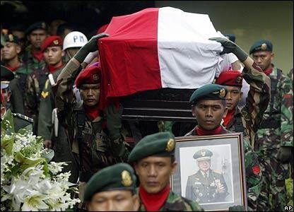 Kumpulan Foto Untuk Mengenang 8 Tahun Meninggalnya Pak Harto