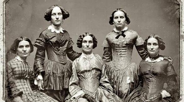 Hasil gambar untuk foto orang jaman dulu tidak tersenyum