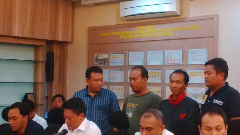 Soal Kasus Jatuh Dari Metro Mini, Supir dan Kernet Beda