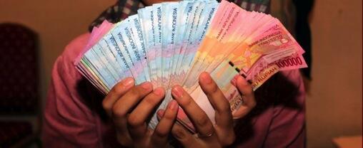 Ini Dia Gan 5 Masalah Menjengkelkan yang Terjadi Gara-Gara Uang!