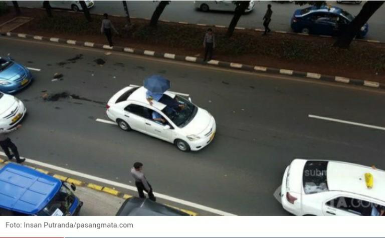 Kejadian Unik Dibalik Aksi Demo Para Sopir Taksi