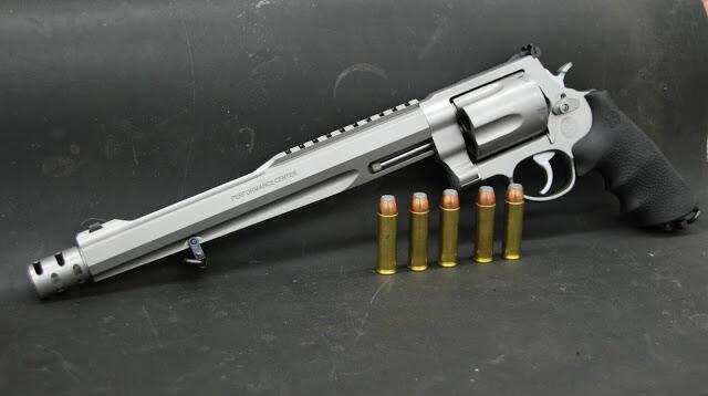 Pistol Hebat Dengan Daya Rusak Mematikan