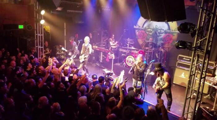 Foto & Fakta Reuni Guns N' Roses di Troubadour Tahun 1985-2016