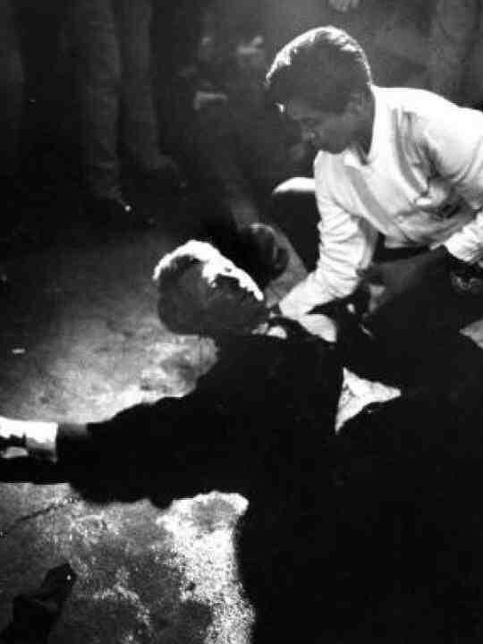 Penampakan 7 Foto terakhir Selebritis/tokoh dunia sebelum kematiannya