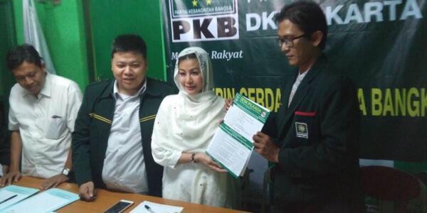 """Daftar Bakal Cagub ke PKB, """"Wanita Emas"""" Sebut Dirinya Gubernur Pilihan Rakyat DKI"""