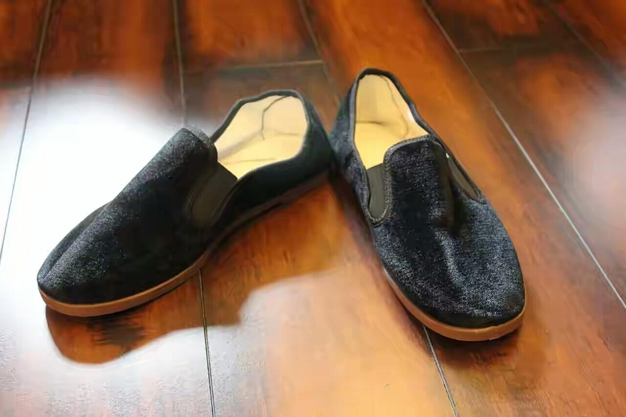 Deretan Sepatu dan Sandal Legendaris di Era 80-90an - Page 25  c027cb9fe7