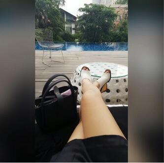 Cewek Suka Pose Seksi = Cewek Nakal? (++FOTO)