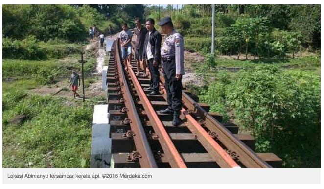 Tak Diawasi Ortu, Anak tertabrak Kereta saat main di jembatan rel