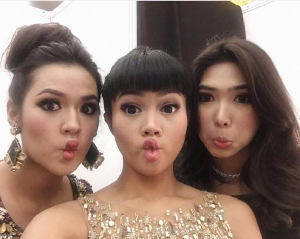 5 Penyanyi Cantik Indonesia yang Lagunya Lagi Nge-Hits di Radio
