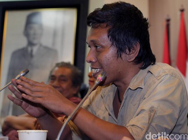 Adian: Ahok Boleh Tidak Yakin, Tapi Saya Dengar Pesan Jokowi