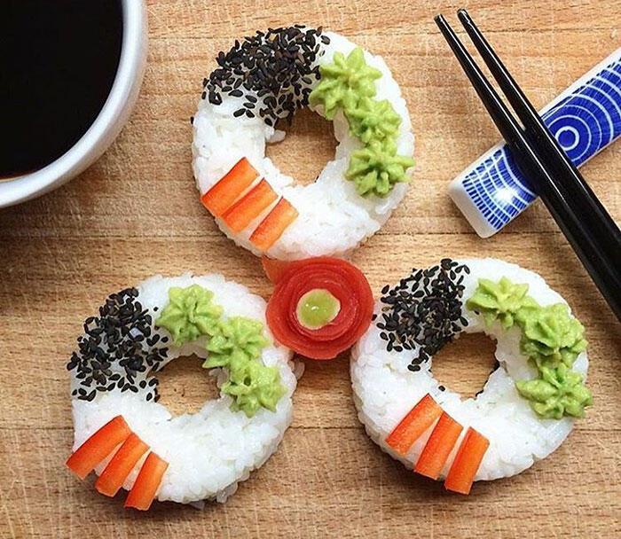 Agan Suka Sushi? Udah Pernah Denger Sushi Donuts?