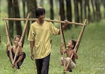 Tingkat Kebahagiaan di Indonesia Udah Terlampau Lebih, Benarkah?