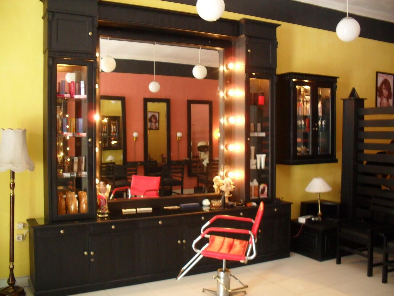 Cari investor untuk buka cabang salon kecantikan