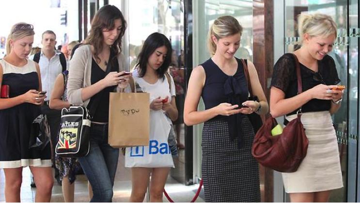 Ngintip Kedekatan Para Kaum Millenial Dengan Gadget Yang Mereka Punya